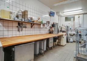 Bageri,Til salg,1329